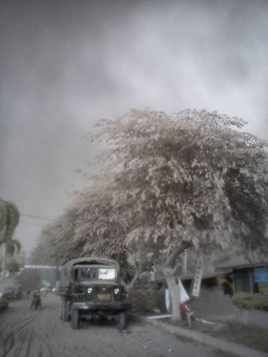 Proses Evakuasi Di Desa Banu Ngantang Malang