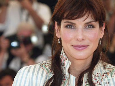 Hollywood Celebrity Sandra Bullock Wallpaper