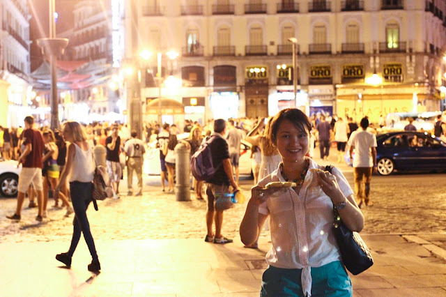 Puerta del Sol at Night | Chichi Mary Online Kid's Boutique | Blog
