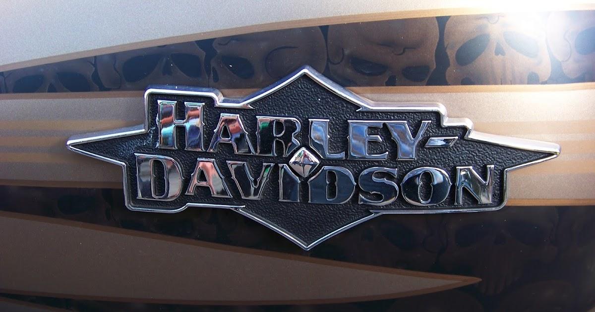Harley Davidson tank logo's - Motorcycle Style