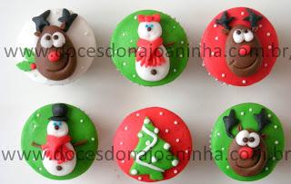 Cupcakes e mini cupcakes decorados para o Natal