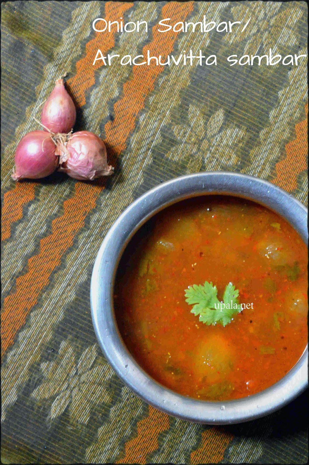 arachuvitta sambar/onion sambar