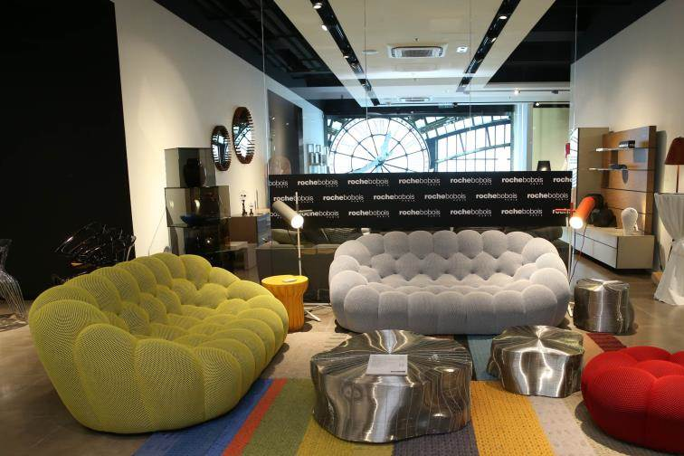 finest roche bobois opens first showroom in hong kong with roche bobois online shop with. Black Bedroom Furniture Sets. Home Design Ideas