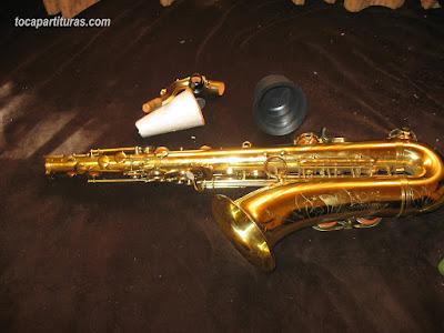 Sordina casera para tu saxofón hacer menos sonido al tocar