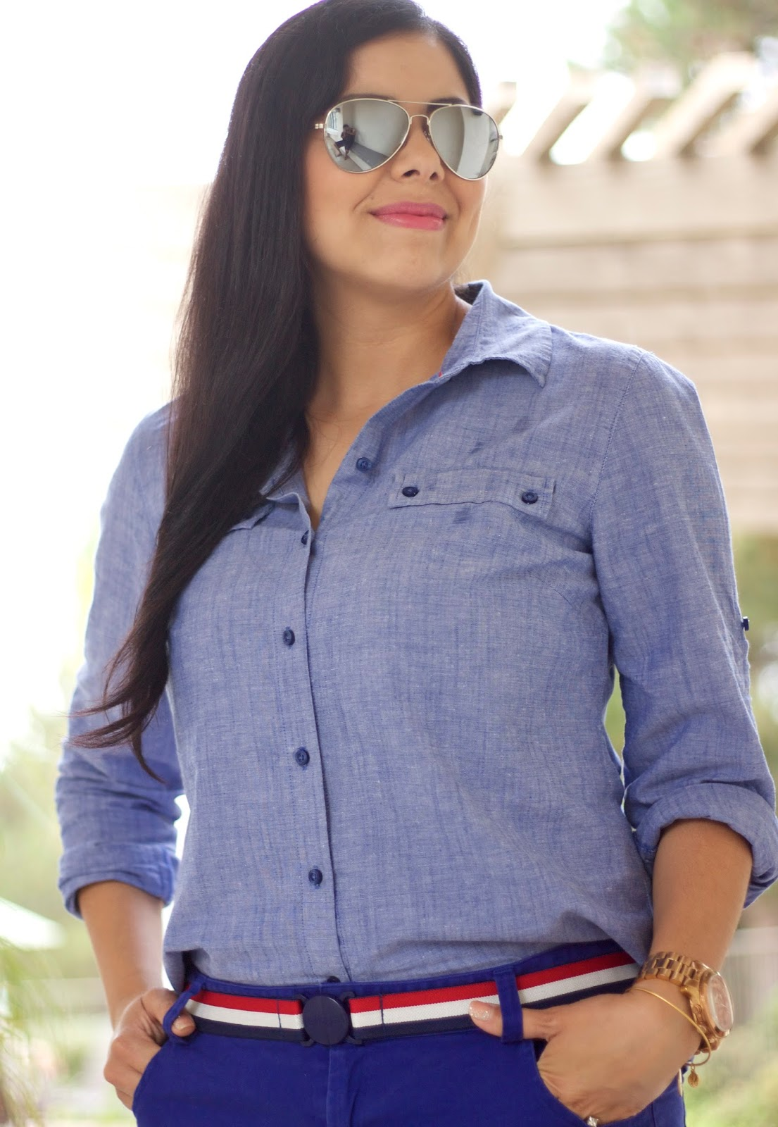 American Woman outfit, tommy hilfiger chambray top, how to wear a chambray top, all american outfit