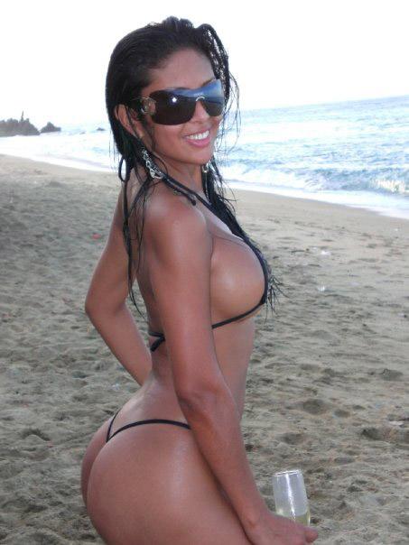 Sey Morena En Tanga Recibe Tu Correo Las Fotos De Chicas Y