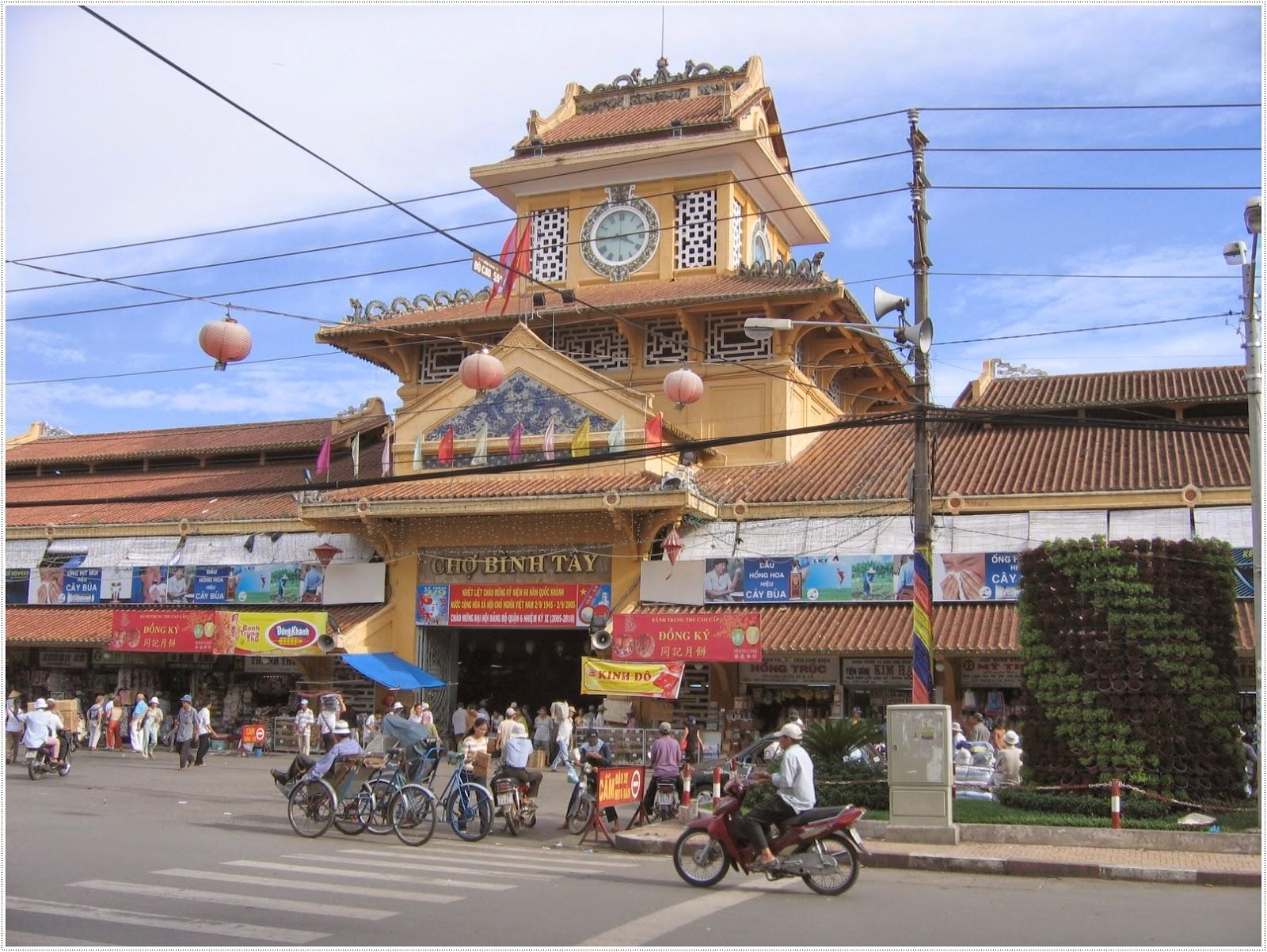 Cho Lon - Big market