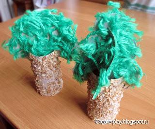 Деревья из картона, гречки и ниток
