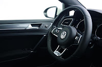 2015 Review of Vw Golf 1.4 TSI 150 R Line wheel drive view