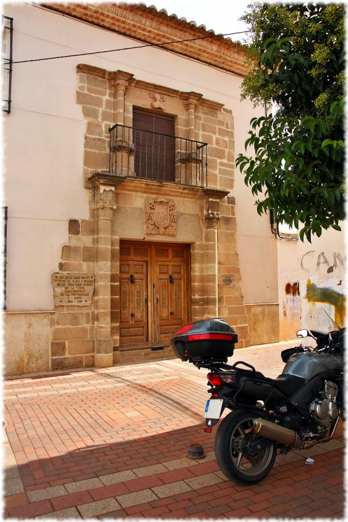 portada casa Juan Muñoz de la Cueva
