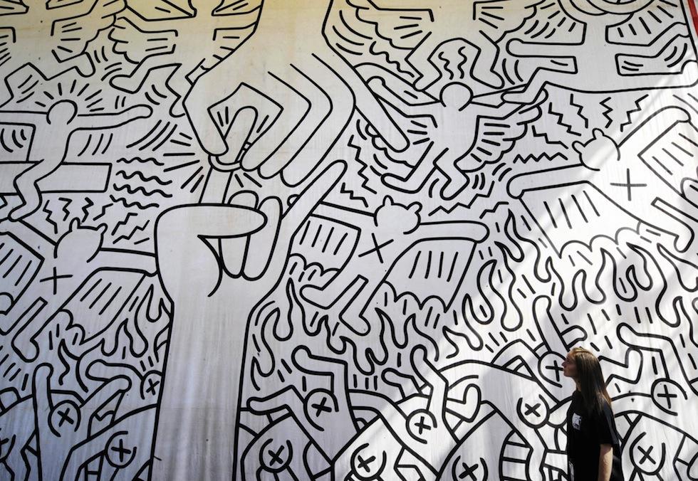 Occhi fragile: El arte pop de Keith Haring bailó en el Google