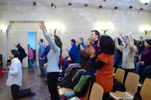 A cada dez dias uma nova igreja evangélica abre as portas na Europa