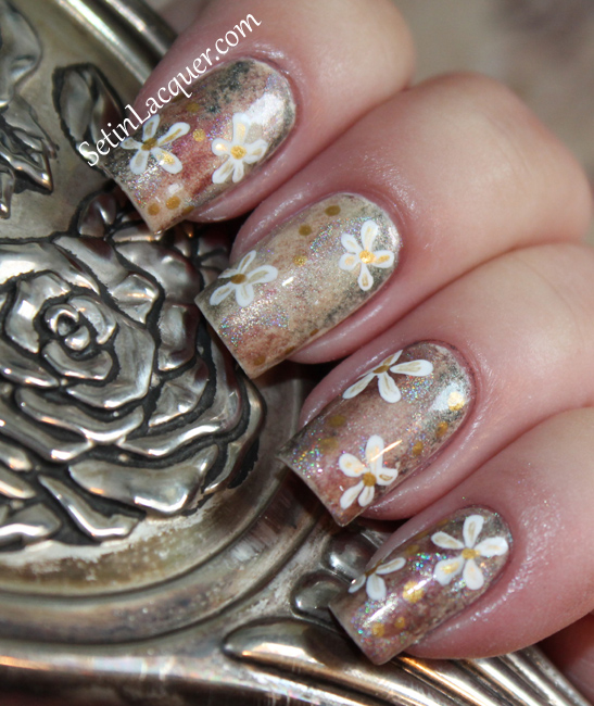 Nail art using eye shadow