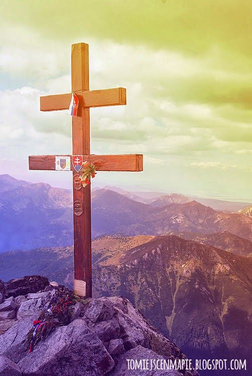 na szczycie Krywania, krzyż na Krywaniu