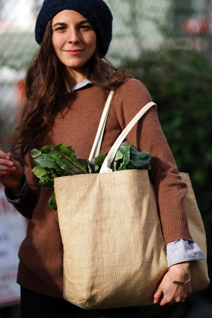 Brenna Kramer canvas tote farmers market U district seattle street style fashion it's my darlin'