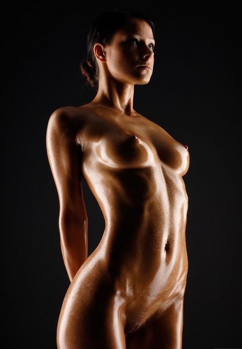 фото голые девушки в масле
