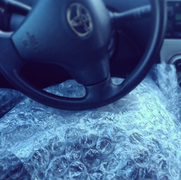 Using bubble wrap as a blanket
