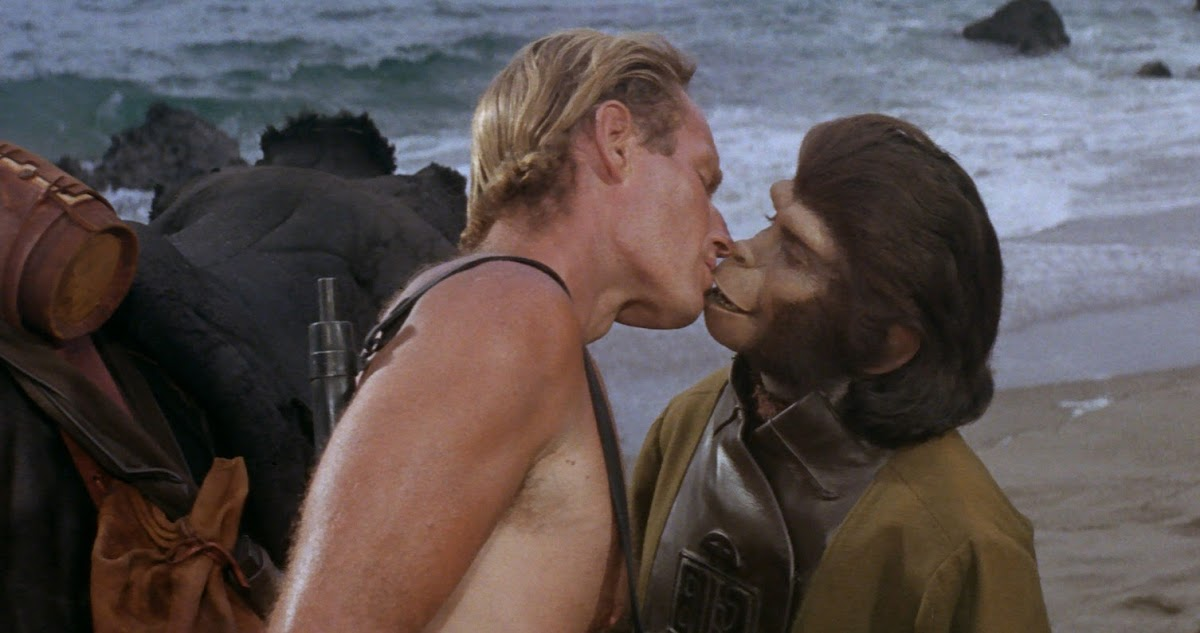 http://2.bp.blogspot.com/-3pNyhtzDdOw/UjM0hEMo12I/AAAAAAAAboA/pnTBaXQCkQA/s1200/Planet+of+the+Apes+Kiss.jpg