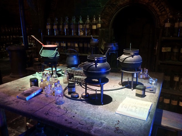 The Making of Harry Potter - Snape's Dungeon