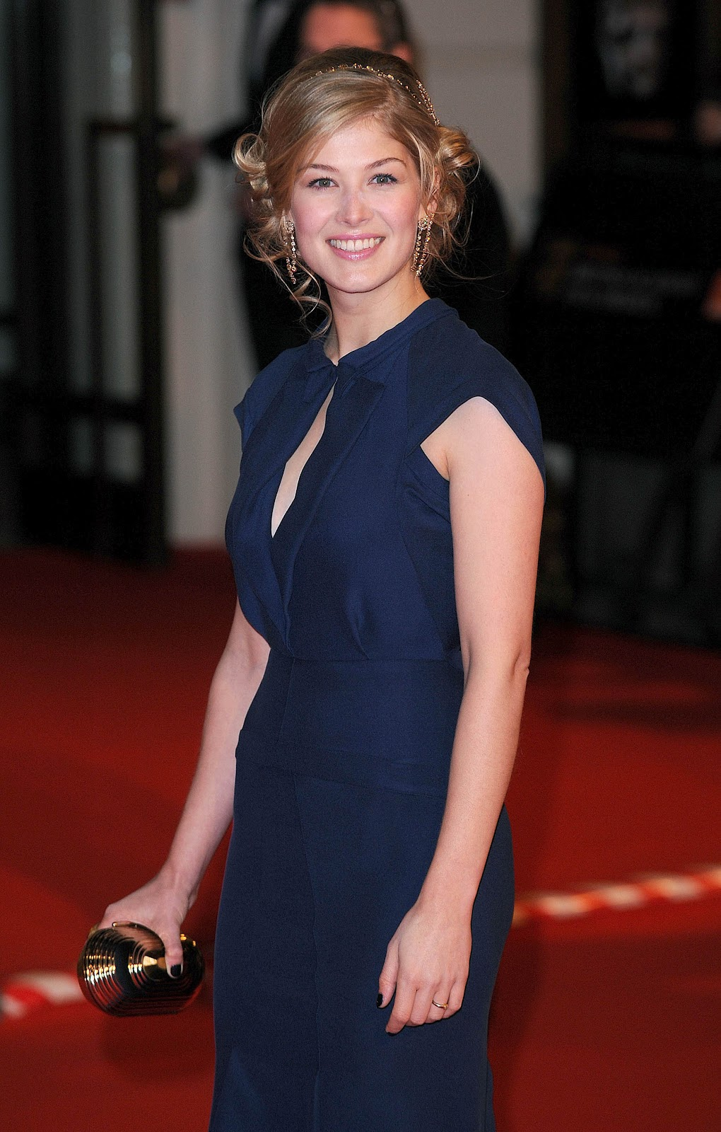 Rosamund Pike pictures...