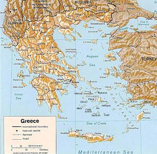 Ενδείξεις για αλλαγή του αρνητικού κλίματος που επικρατεί την τελευταία τριετία αναφορικά με την Ελλάδα προκύπτουν από τις νέες εκθέσεις της τρόικα και κυρίως του ΔΝΤ, τρία χρόνια έπειτα από την υπαγωγή της χώρας μας στο Μνημόνιο.