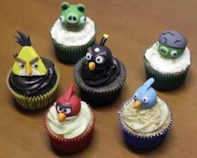 Bánh ngọt cup cake hình game Angry bird