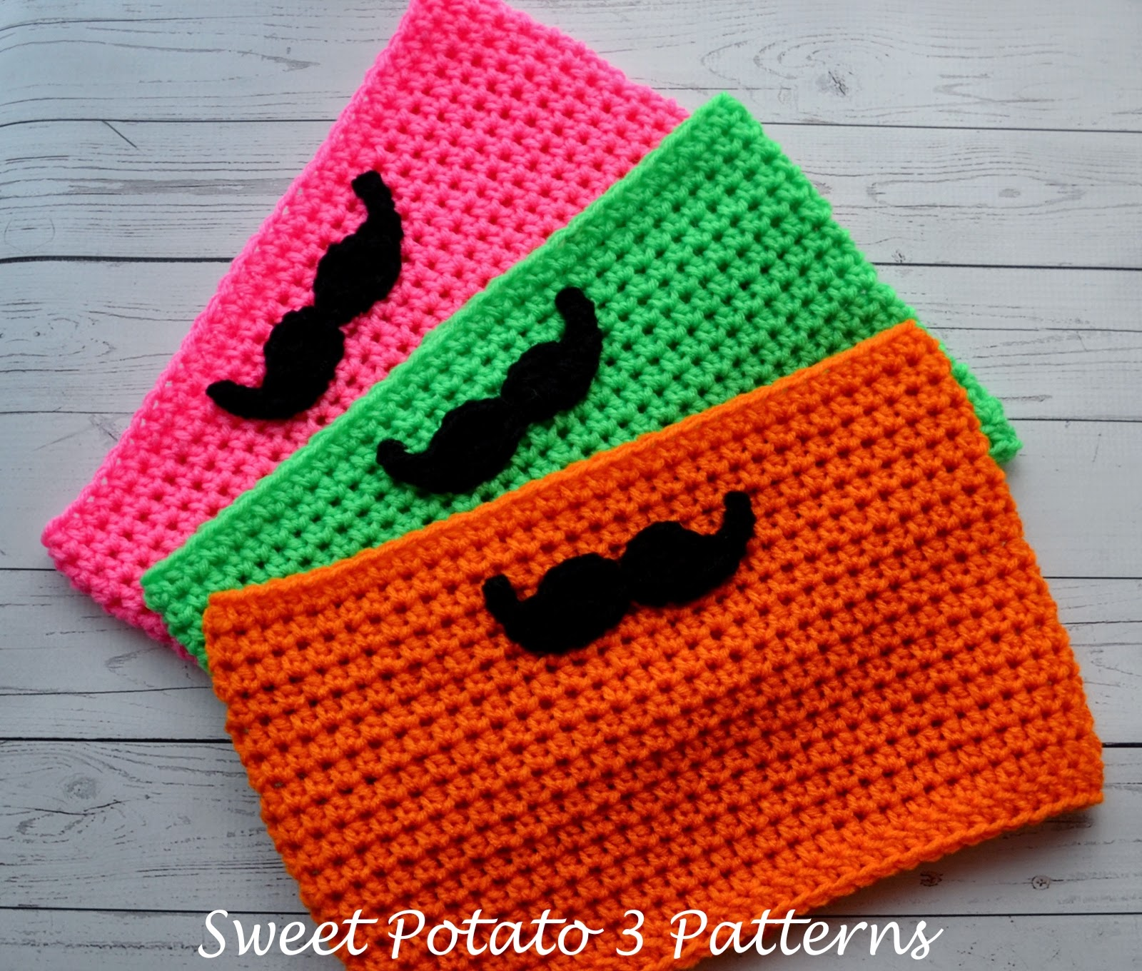 Free mustache cowl crochet pattern sweet potato 3 for the mustache i used the pattern by tutus tea parties again i used worsted weight yarn but used a crochet hook k 65 mm instead of what was bankloansurffo Images