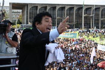 Senador Magno Malta diz em Brasília que Lei não pode criar 'terceiro sexo'