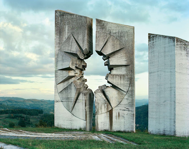 Abondoned Yugoslavia Soviet Monuments from the Future - Atlas Obscura News Round-up
