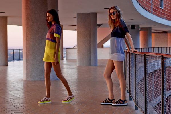 Melissa coleção verão 2016 Wanna Be Carioca rasteira gladiadora unissex