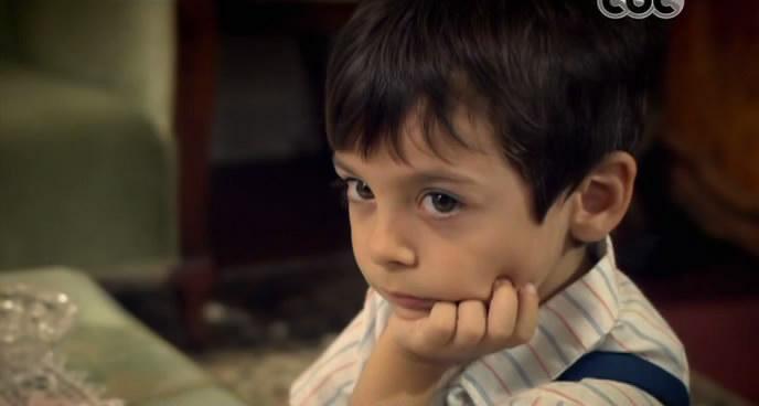 صور الطفل عثمان بطل مسلسله على مر