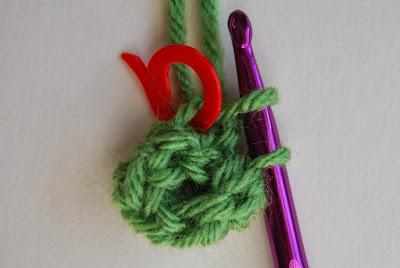 free crochet pattern no sew rosette round 3