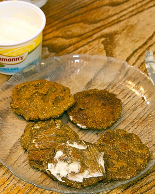 acorn cakes topped with butter or margarine