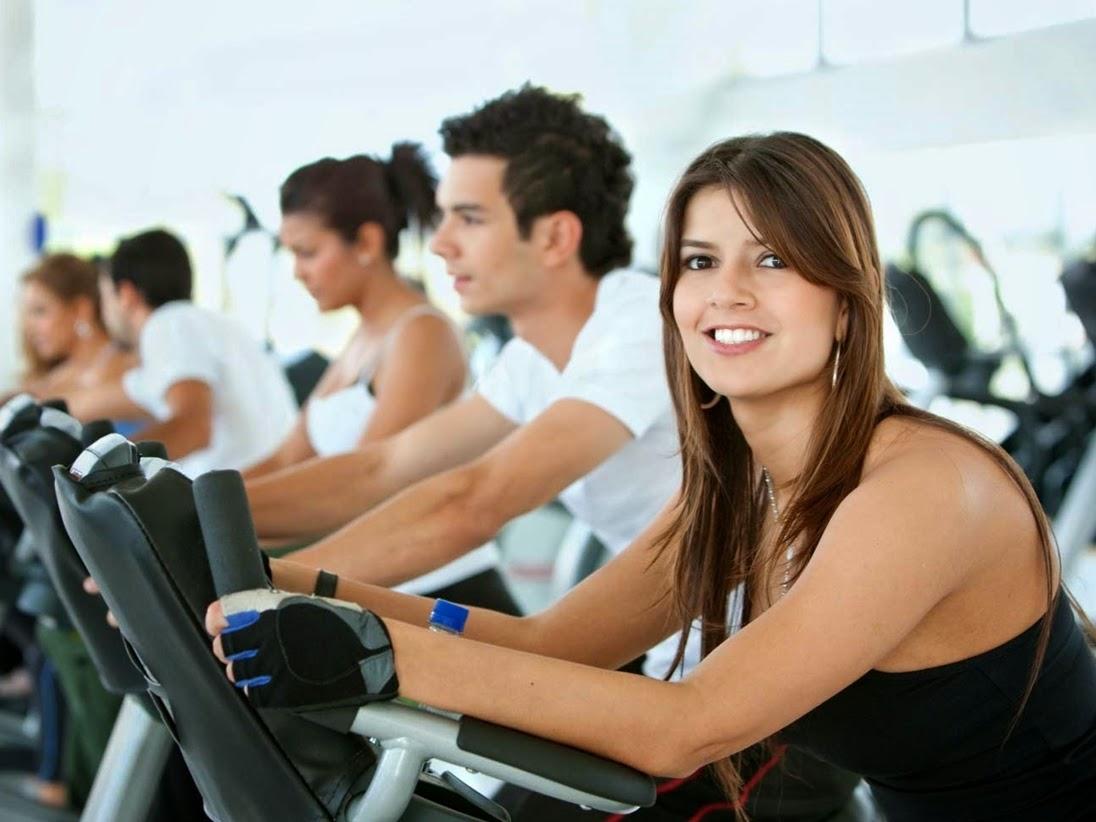 Latihan Beban VS Cardio, Mana yang Lebih Baik untuk Membakar Lemak