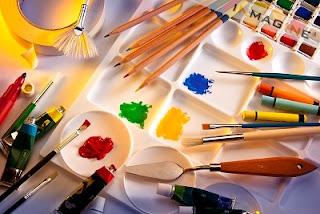 Alat dan Bahan Untuk Melukis di Kanvas