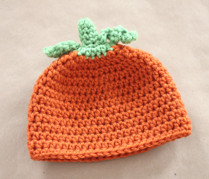 Free Pattern Crochet Pumpkin Hat : Crochet Pumpkin Hat Pattern and GIVEAWAY! - Repeat Crafter Me