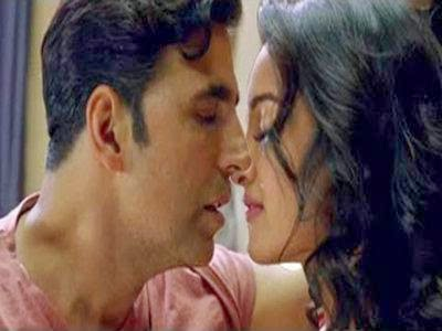 21 OOPS Sonakshi sinha Hot Wallpapers From Holiday Movie