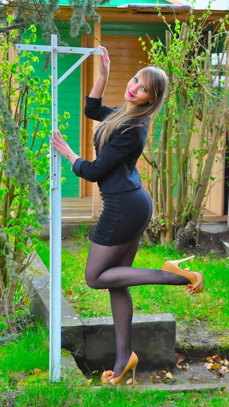 fashion tights skirt dress heels : Only Candid Pantyhose ...