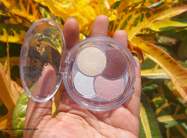 Essence Quattro Eye shadow quad in Must have
