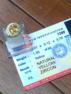 natural yellow zirkon