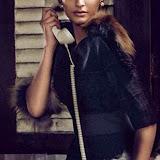 Soonam-Kapoor-Hot-Photoshoot-for-Vogue-September-2014-Stills%2B(6)