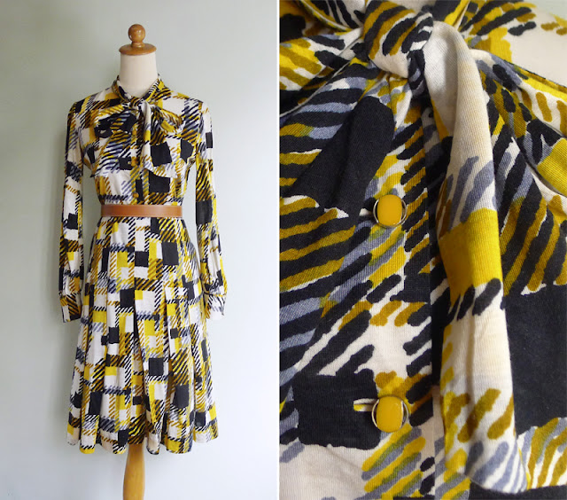 vintage 1970's yellow & navy blue secretary dress