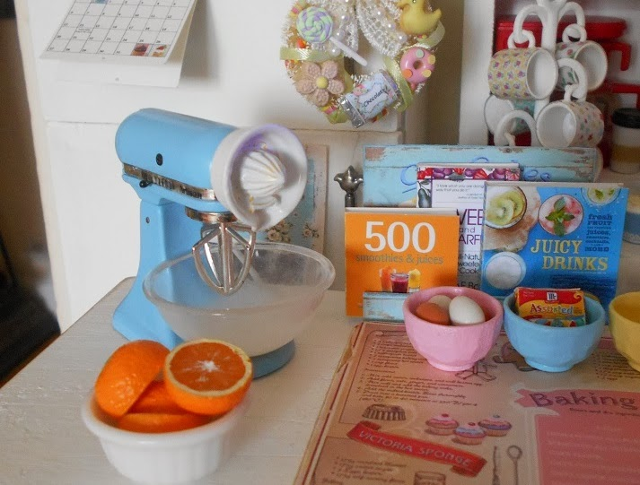 1:6 Playscale KitchenAid Mixer