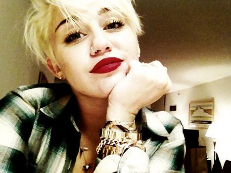 Miley Cyrus Haircut Photos
