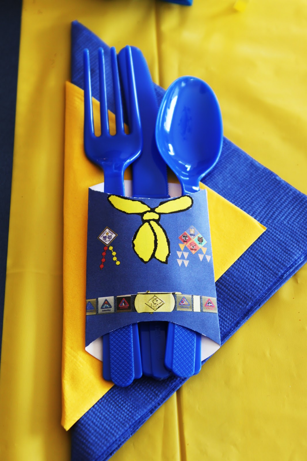 Cub Scout Christmas Party Ideas Part - 47: Blue U0026 Gold Banquet Dinner Silverware Holder Printable Idea - Napkin Holder  - Decoration