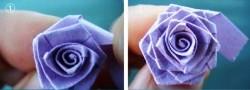 Cara membuat kerajinan tangan bunga mawar kertas ini adalah dengan ...