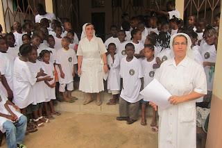 Irmãs Franciscanas Missionárias de Nossa Senhora, são Tomé e Príncipe, Guadalupe, ATL, catequese, ano lectivo, campo de futebol, animadores, Missão