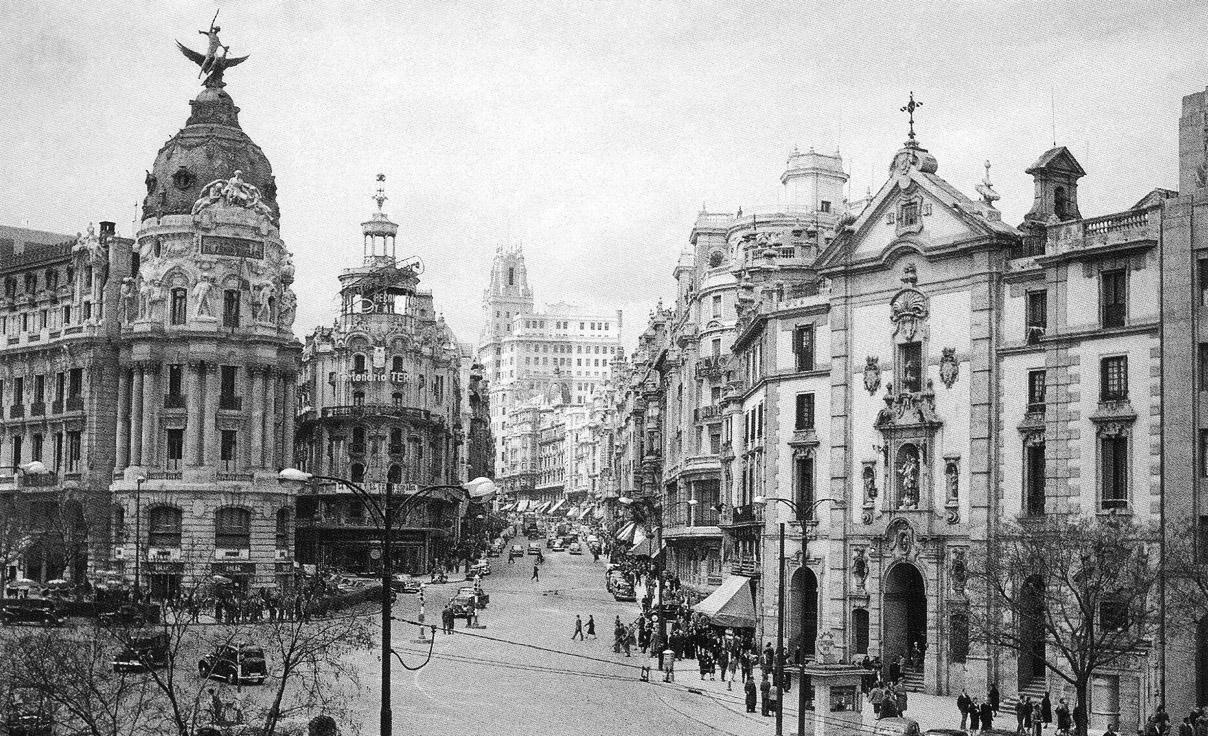 1950-Gran_Via_con_Alcala-Oronoz.jpg