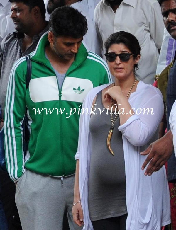 Twinkle Khanna And Akshay Kumar Son