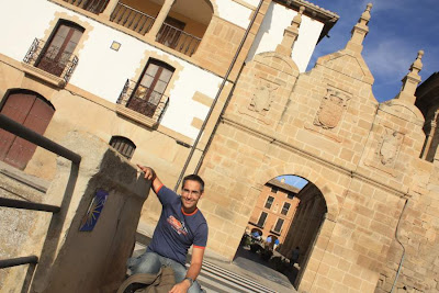 Puerta of Castilla in Los Arcos